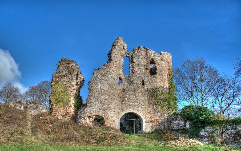 Photo du Château de Montgilbert - Ferrières-sur-Sichon