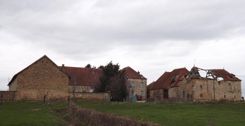 Photo du Château de Montbillon - Saint-Sornin